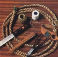 Материалы и инструменты для плетения