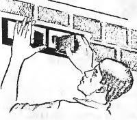 Обои с рисунком под кирпичную кладку