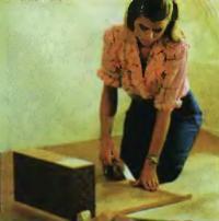 Покрытие полок акриловым лаком